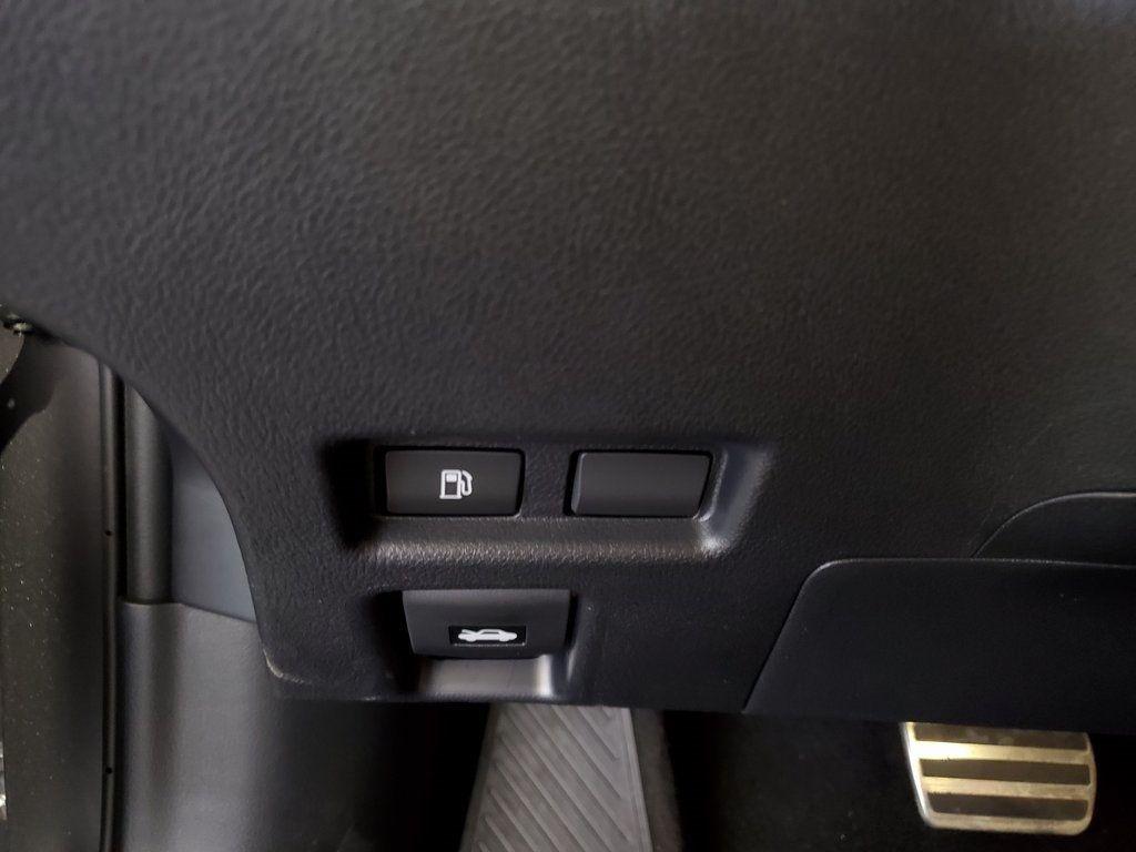 2019 Lexus UX UX 200 F SPORT FWD - 18695216 - 27