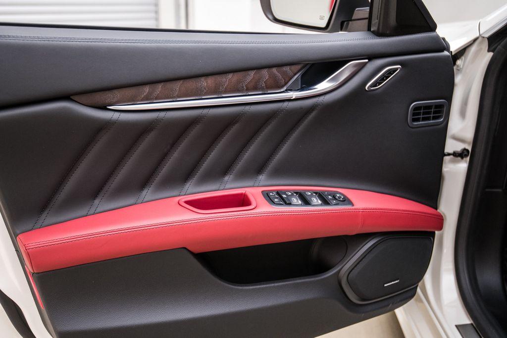 2019 Maserati Ghibli GranLusso 3.0L - 18140253 - 12