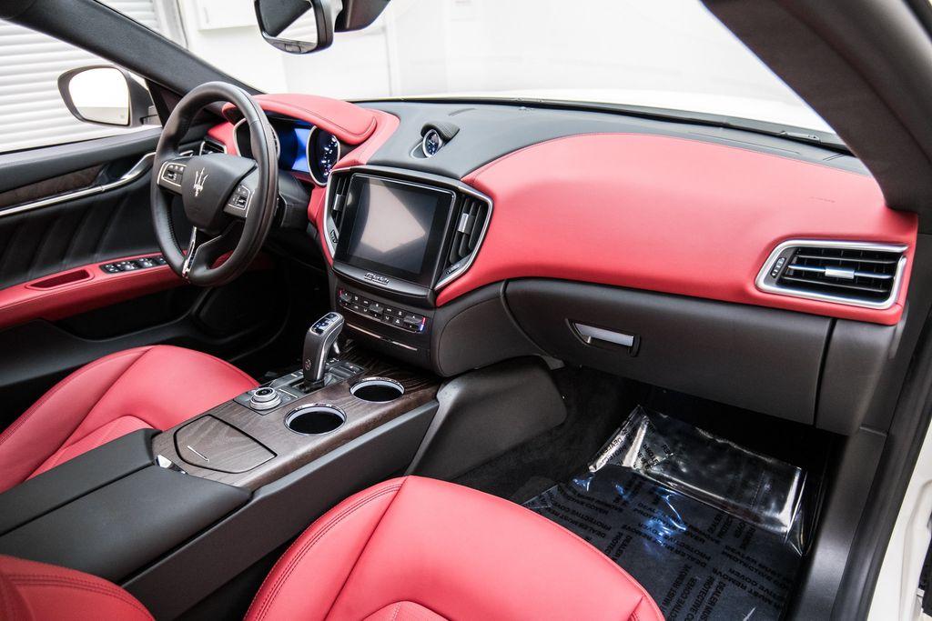 2019 Maserati Ghibli GranLusso 3.0L - 18140253 - 16