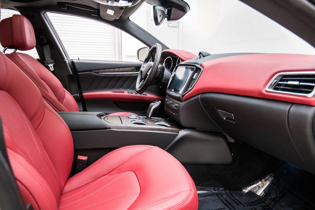 2019 Maserati Ghibli GranLusso 3.0L - 18140253 - 17