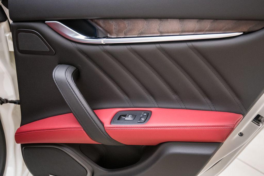 2019 Maserati Ghibli GranLusso 3.0L - 18140253 - 22