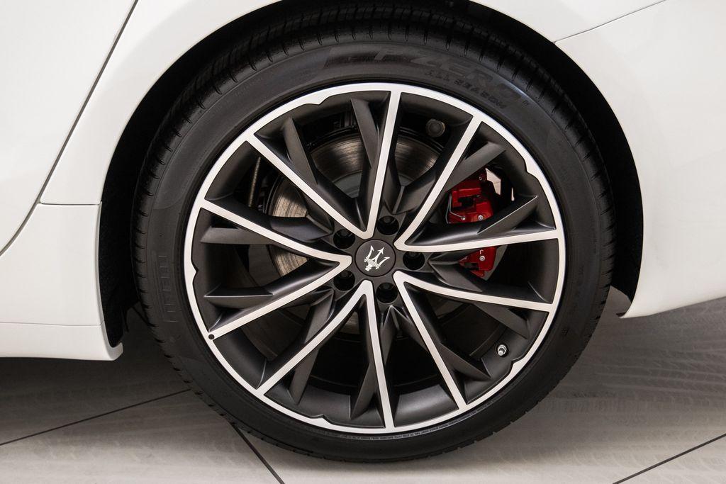 2019 Maserati Ghibli GranLusso 3.0L - 18140253 - 31
