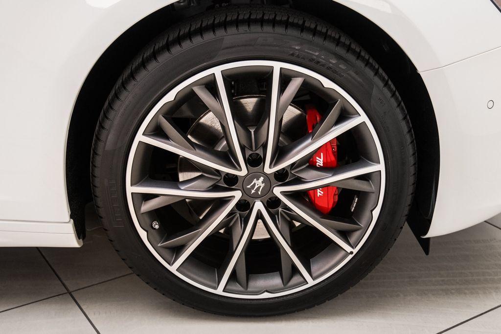 2019 Maserati Ghibli GranLusso 3.0L - 18140253 - 32