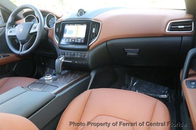 2019 Maserati Ghibli S 3.0L - 18232256 - 29