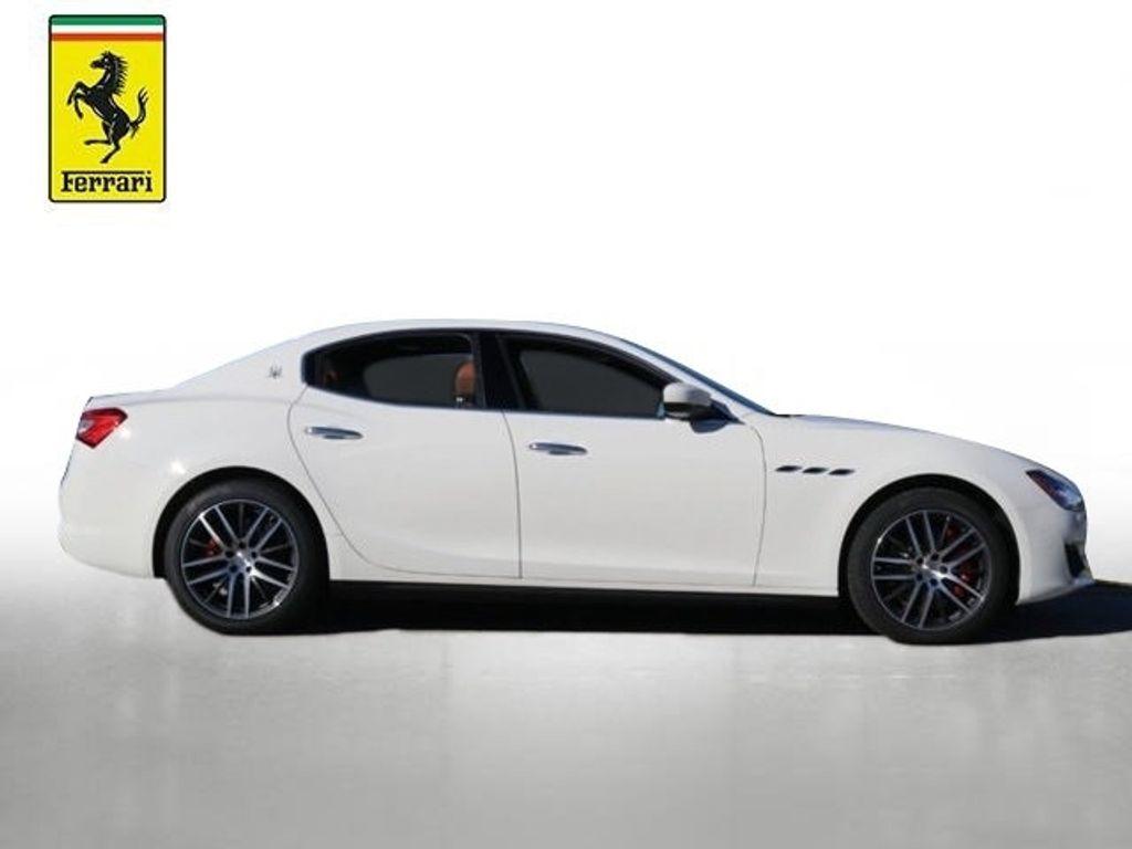 2019 Maserati Ghibli S 3.0L - 18512910 - 11