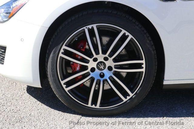 2019 Maserati Ghibli S 3.0L - 18533737 - 13