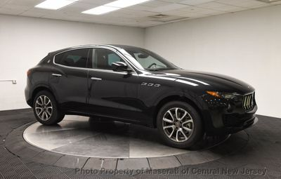 2019 Maserati Levante 350HP AWD - Click to see full-size photo viewer