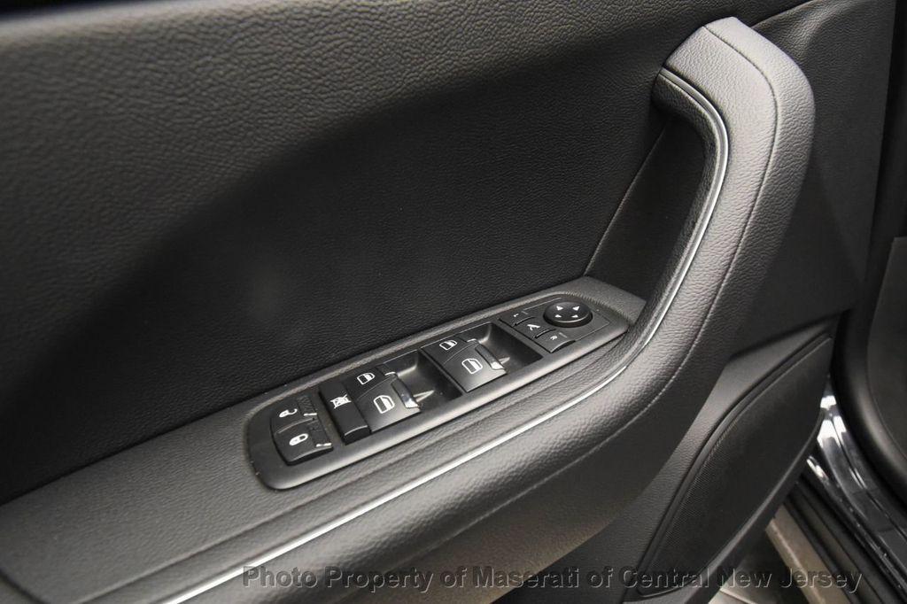 2019 Maserati Levante 350HP AWD - 18180617 - 38