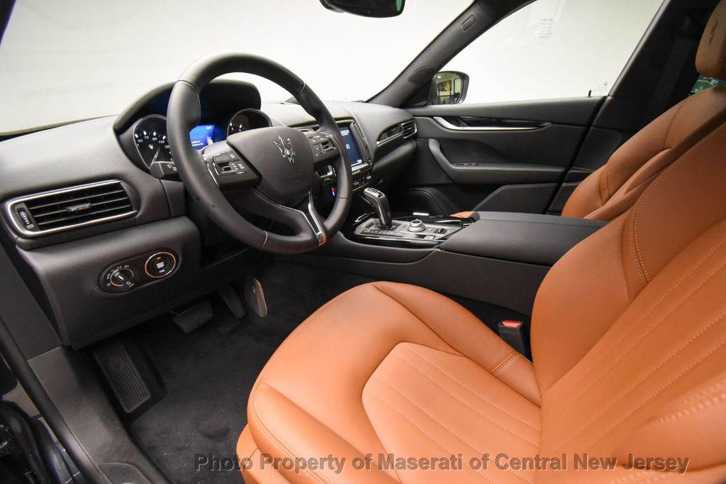 2019 Maserati Levante 350HP AWD - 18180617 - 42