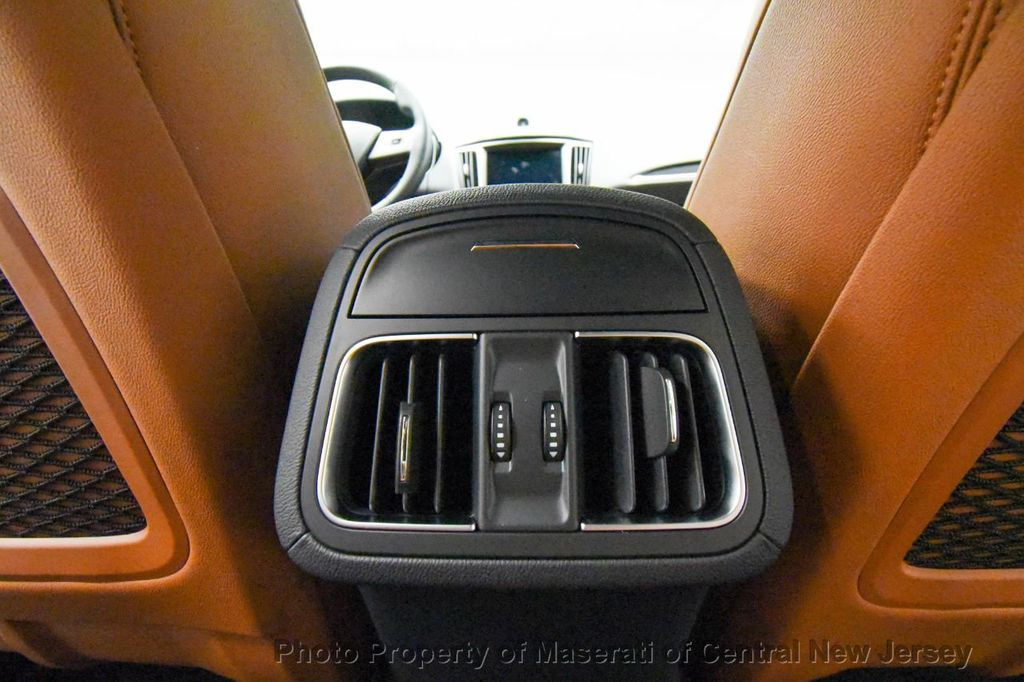 2019 Maserati Levante 350HP AWD - 18180617 - 51