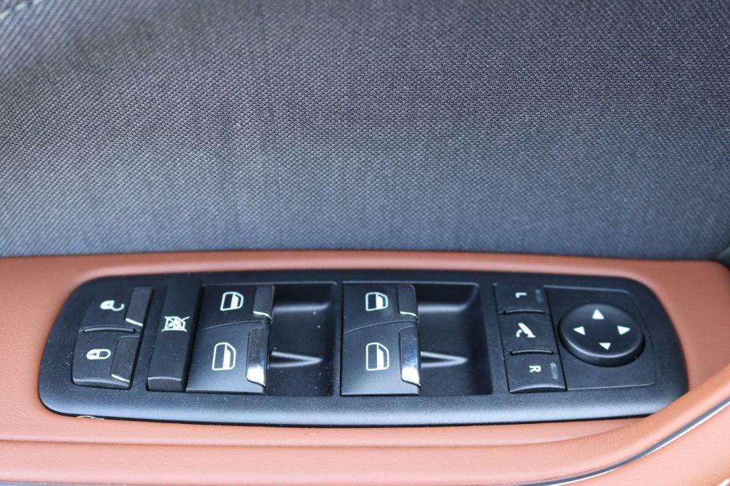 2019 Maserati Levante GranLusso 3.0L - 18530209 - 23