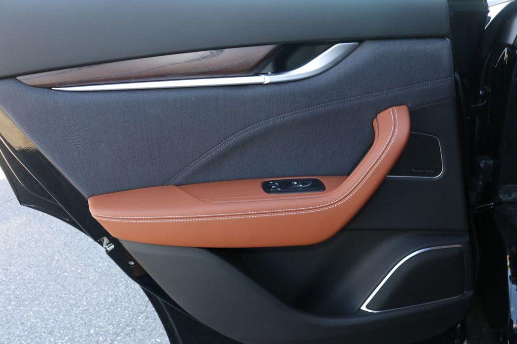2019 Maserati Levante GranLusso 3.0L - 18530209 - 26