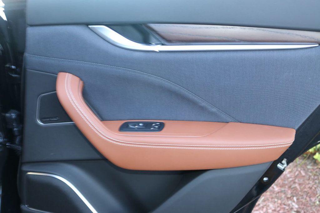 2019 Maserati Levante GranLusso 3.0L - 18530209 - 29