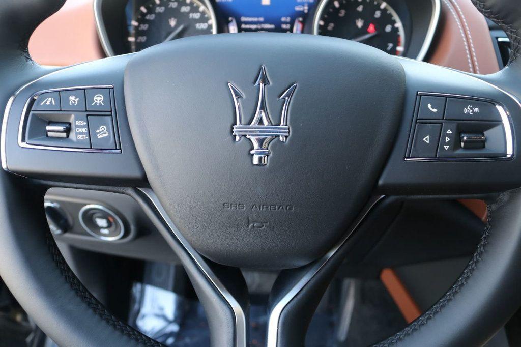 2019 Maserati Levante GranLusso 3.0L - 18530209 - 35