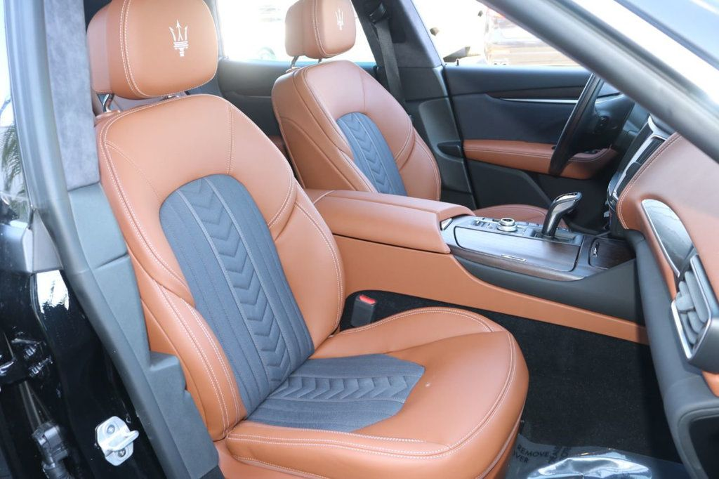 2019 Maserati Levante GranLusso 3.0L - 18530209 - 4