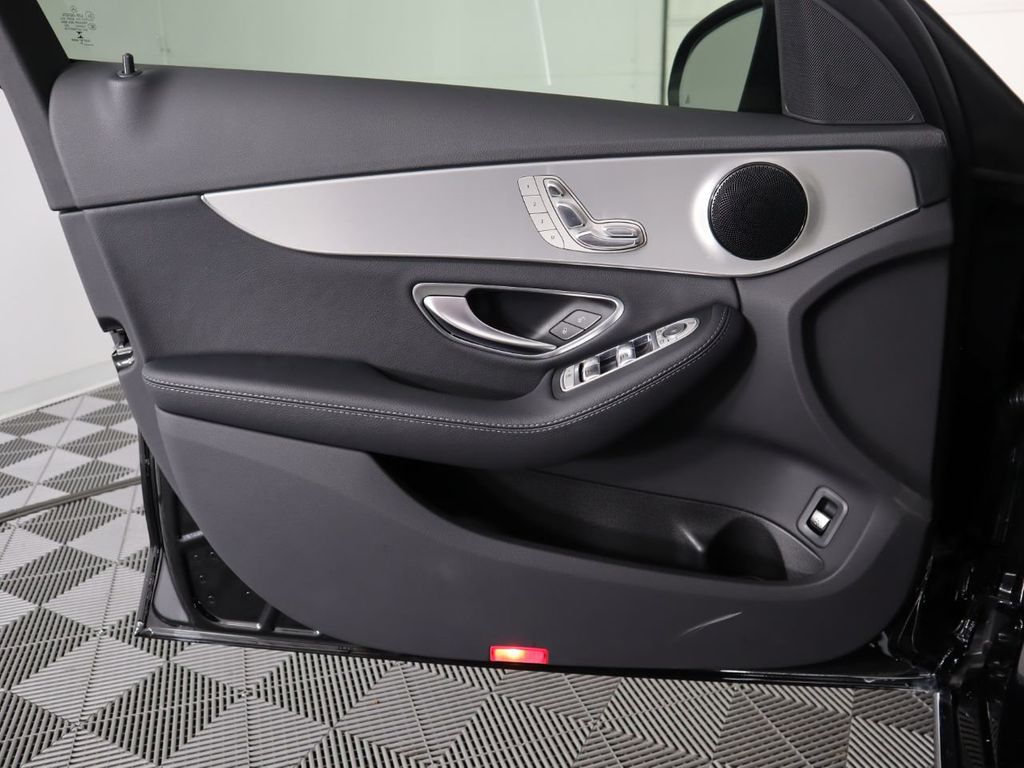 2019 Mercedes-Benz C-Class C 300 Sedan - 18911989 - 25