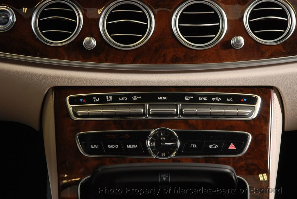 2019 Mercedes-Benz E-Class E 450 4MATIC Wagon - 18666127 - 30