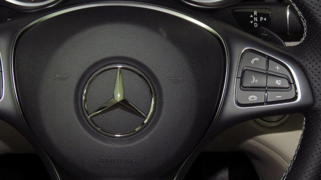 2019 Mercedes-Benz GLA GLA 250 4MATIC SUV - 18610020 - 11
