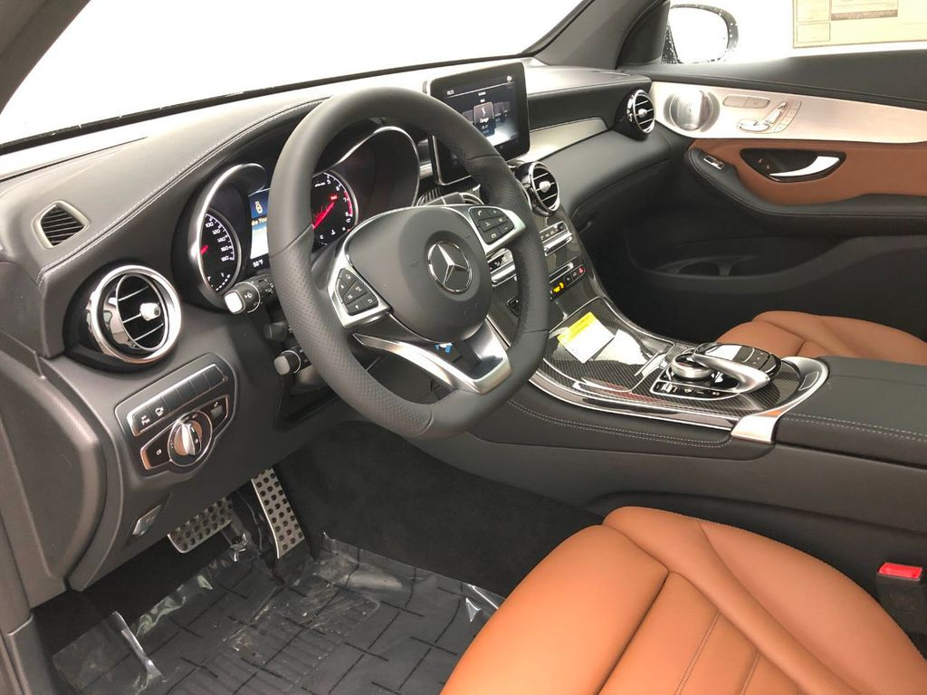 2019 Mercedes-Benz GLC AMG GLC 43 4MATIC SUV - 18605029 - 24