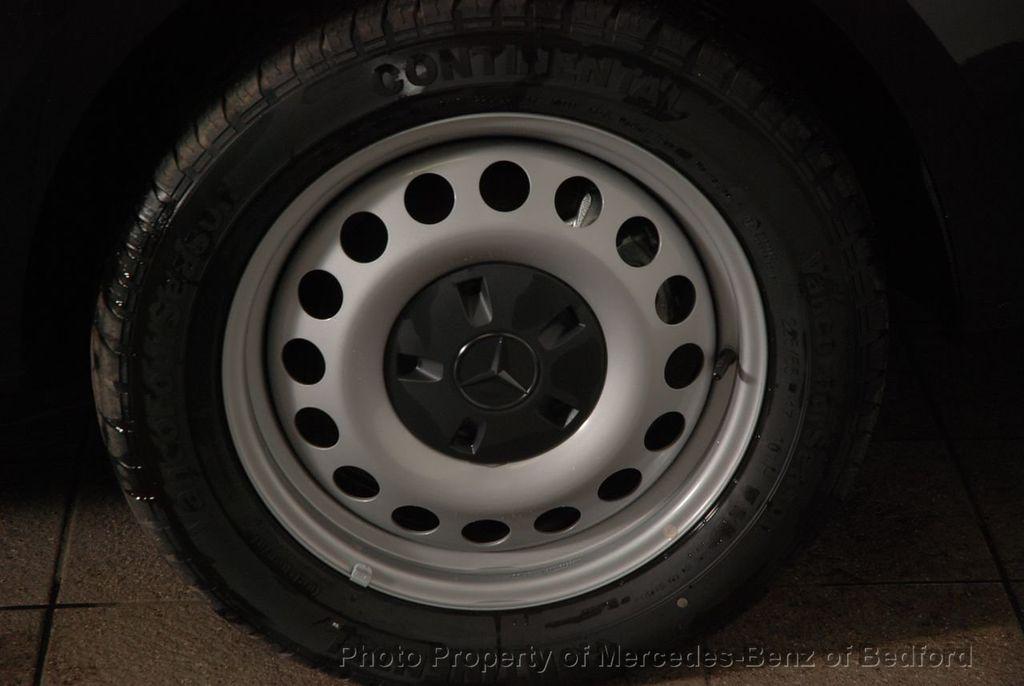 """2019 Mercedes-Benz Metris Passenger Van Metris Passenger Van Standard Roof 126"""" Wheelbase - 18354349 - 9"""