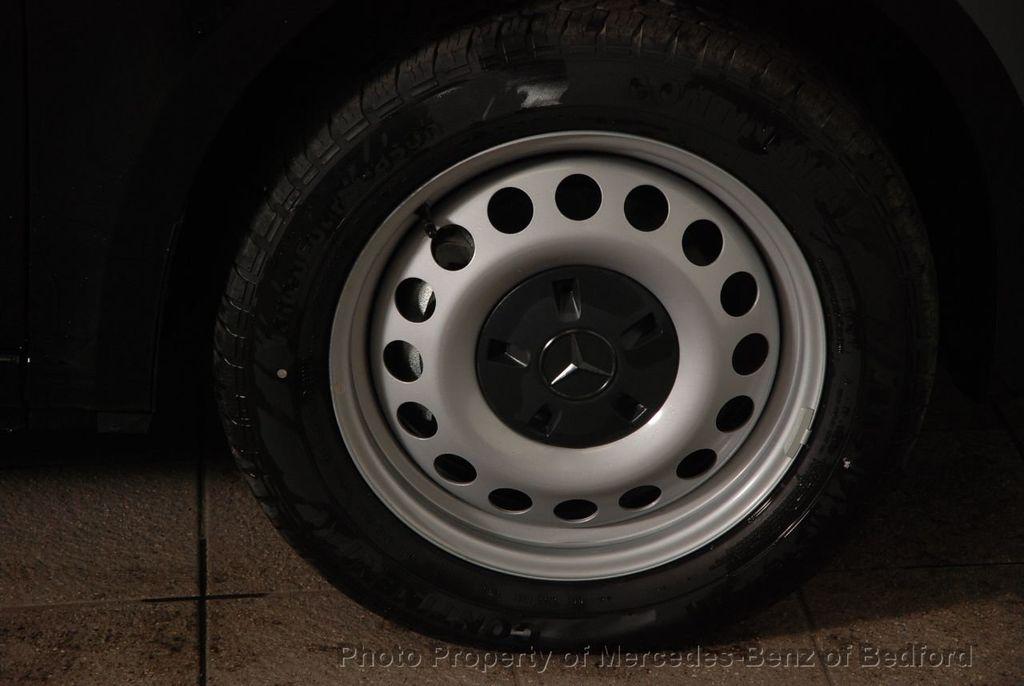 """2019 Mercedes-Benz Metris Passenger Van Metris Passenger Van Standard Roof 126"""" Wheelbase - 18354349 - 11"""