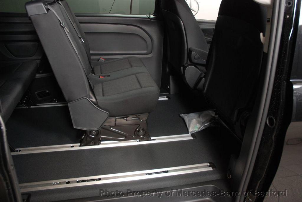 """2019 Mercedes-Benz Metris Passenger Van Metris Passenger Van Standard Roof 126"""" Wheelbase - 18354349 - 19"""
