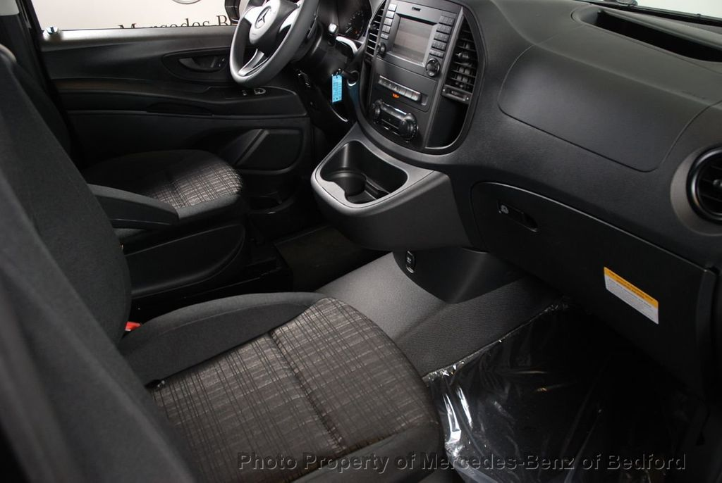 """2019 Mercedes-Benz Metris Passenger Van Metris Passenger Van Standard Roof 126"""" Wheelbase - 18354349 - 21"""
