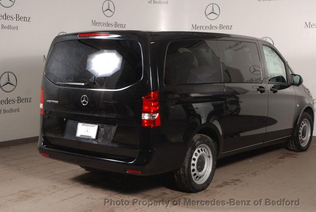 """2019 Mercedes-Benz Metris Passenger Van Metris Passenger Van Standard Roof 126"""" Wheelbase - 18354349 - 5"""
