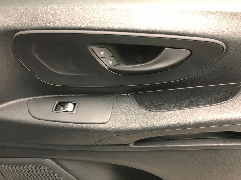 """2019 Mercedes-Benz Metris Passenger Van Metris Passenger Van Standard Roof 126"""" Wheelbase - 18518219 - 10"""