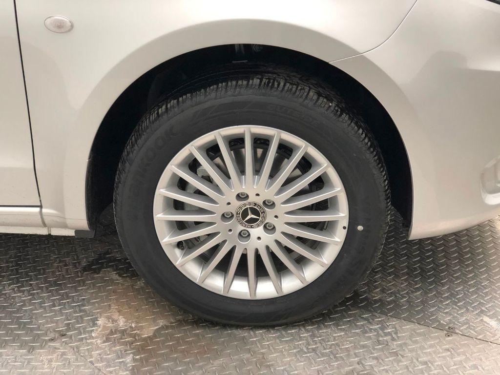 """2019 Mercedes-Benz Metris Passenger Van Metris Passenger Van Standard Roof 126"""" Wheelbase - 18518219 - 8"""