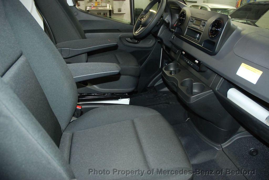 2019 Mercedes-Benz Sprinter 2500/3500 VAN 25 CV 144' WB 2500 CARGO VAN - 18632143 - 19