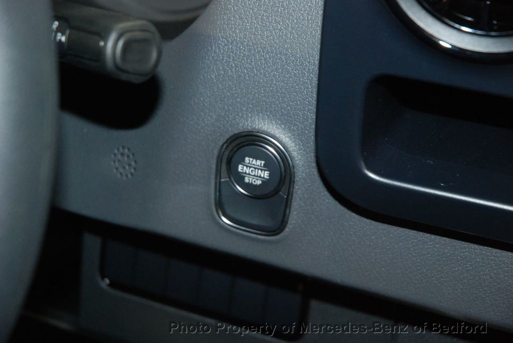 2019 Mercedes-Benz Sprinter 2500/3500 VAN 25 CV 144' WB 2500 CARGO VAN - 18632143 - 25