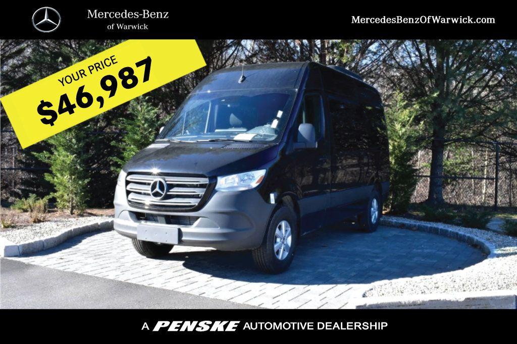 2019 Mercedes-Benz Sprinter 3500 VAN 2500 PV 144' WB 2500 PASSENGE - 18339327 - 0