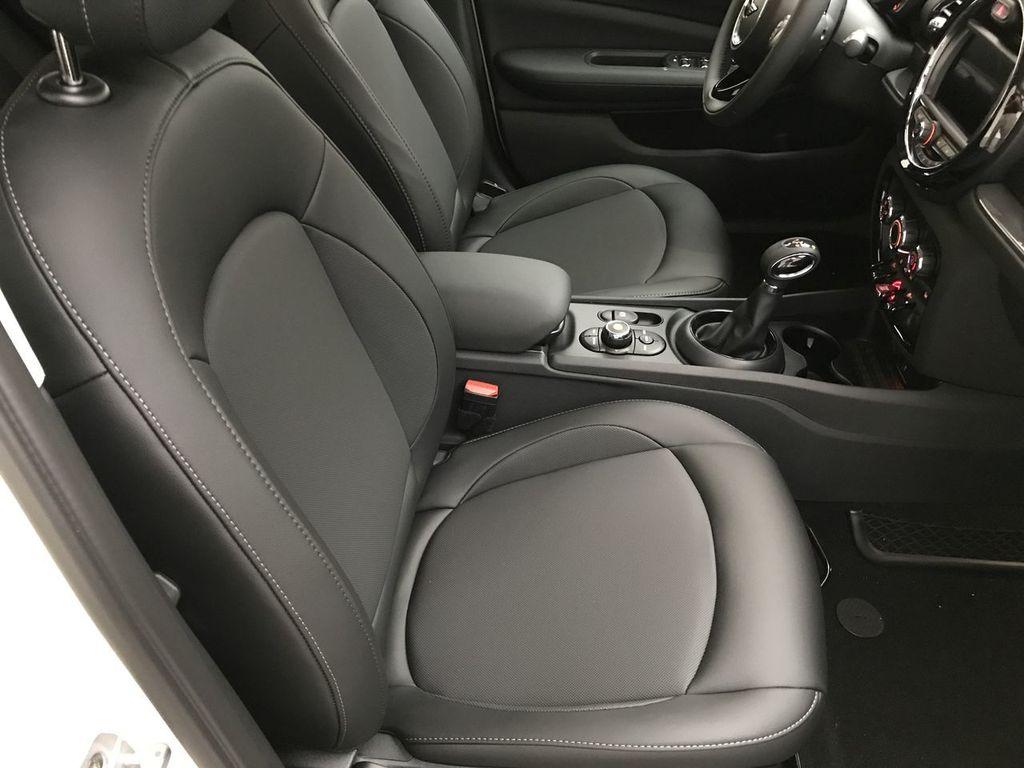 2019 MINI Cooper Clubman  - 17827561 - 19