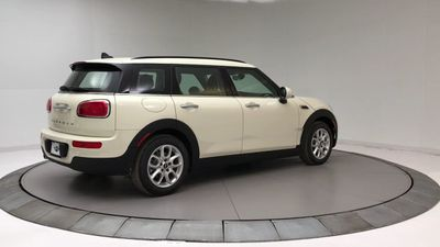 2019 MINI Cooper Clubman  Sedan - Click to see full-size photo viewer