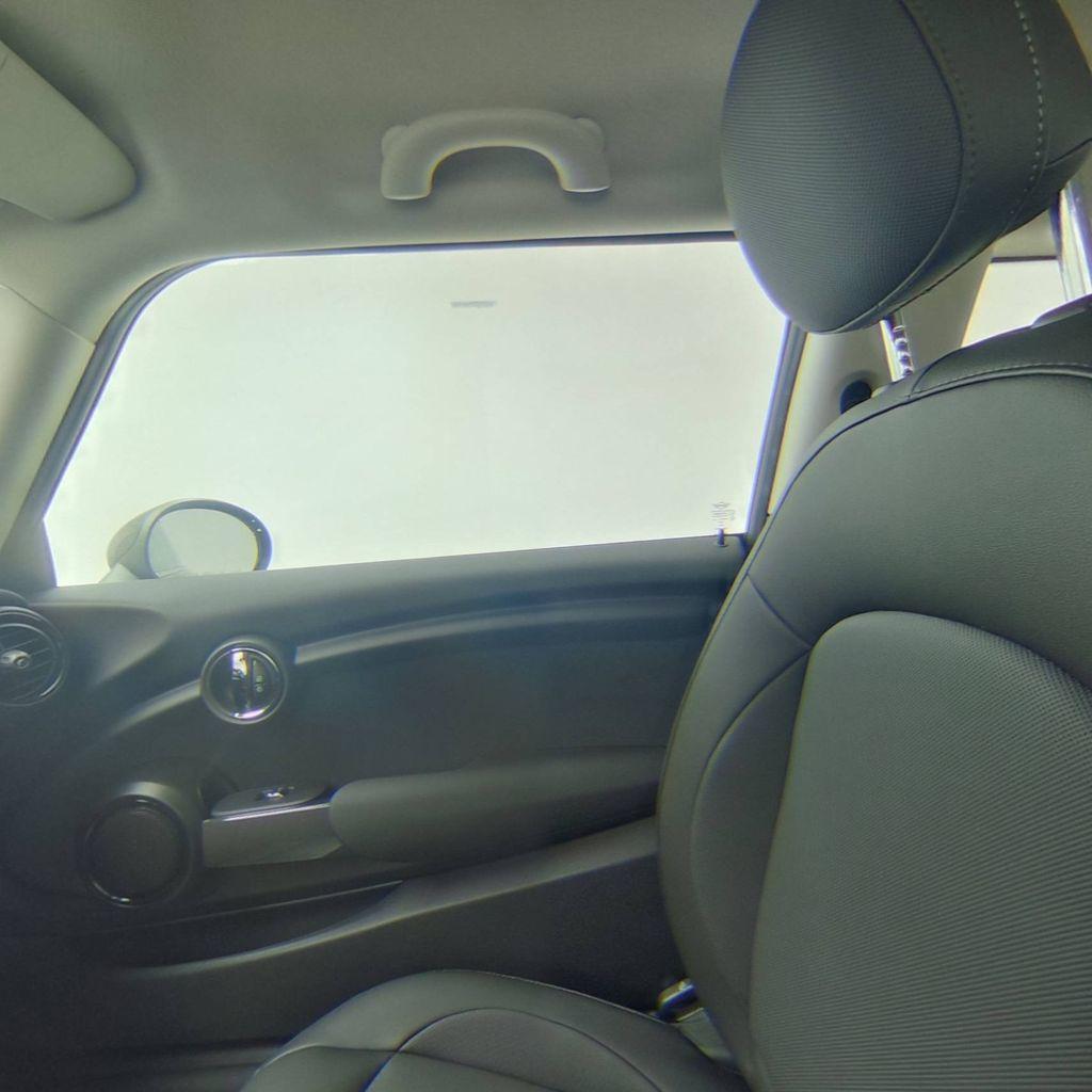 2019 MINI Cooper Hardtop 2 Door   - 18368374 - 34