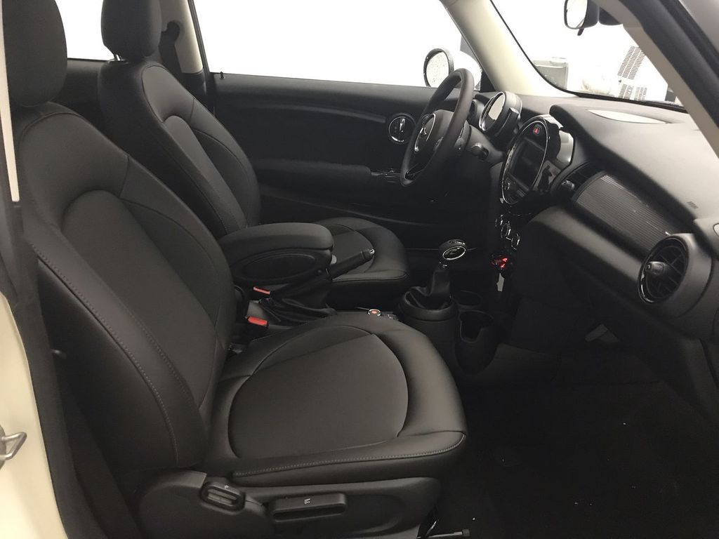 2019 MINI Cooper Hardtop 2 Door   - 18368375 - 21