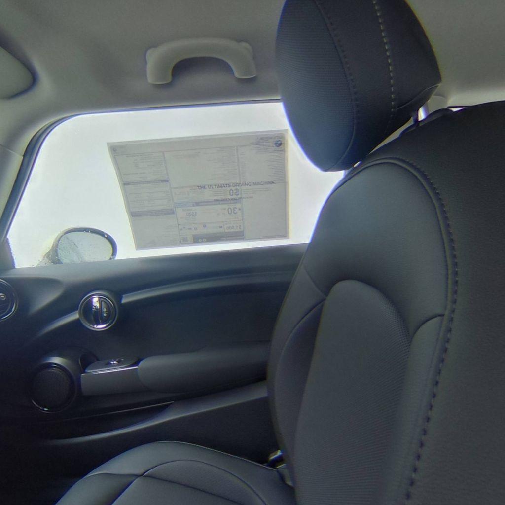 2019 MINI Cooper Hardtop 2 Door   - 18368375 - 30