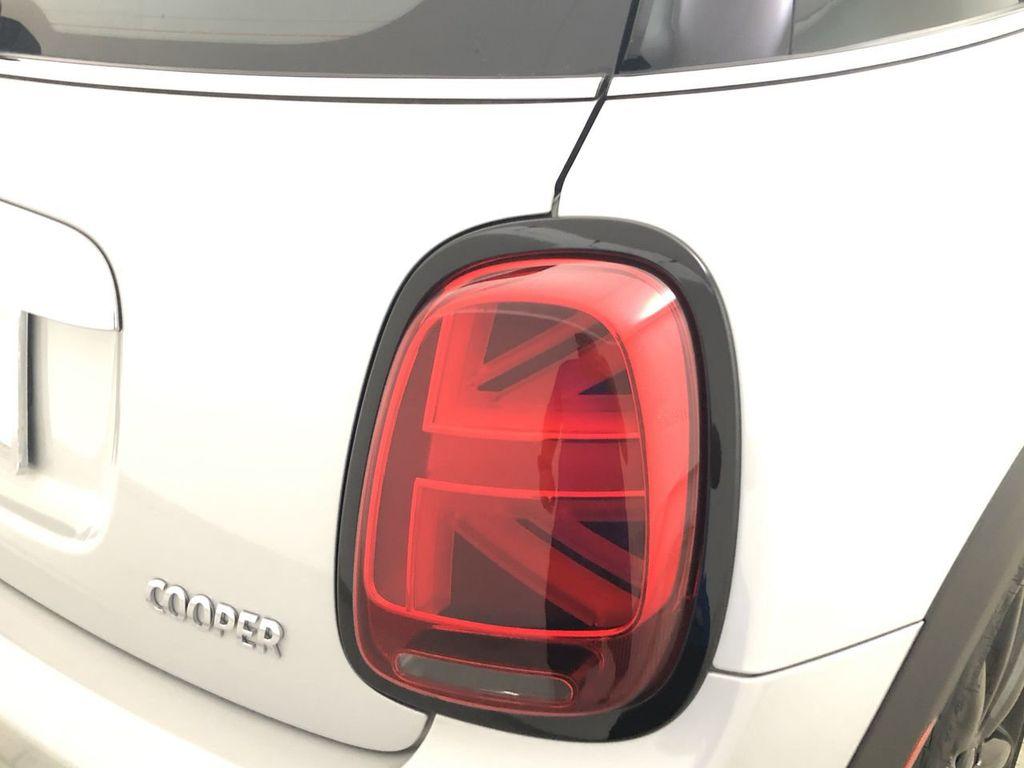 2019 MINI Cooper Hardtop 4 Door   - 18476179 - 12