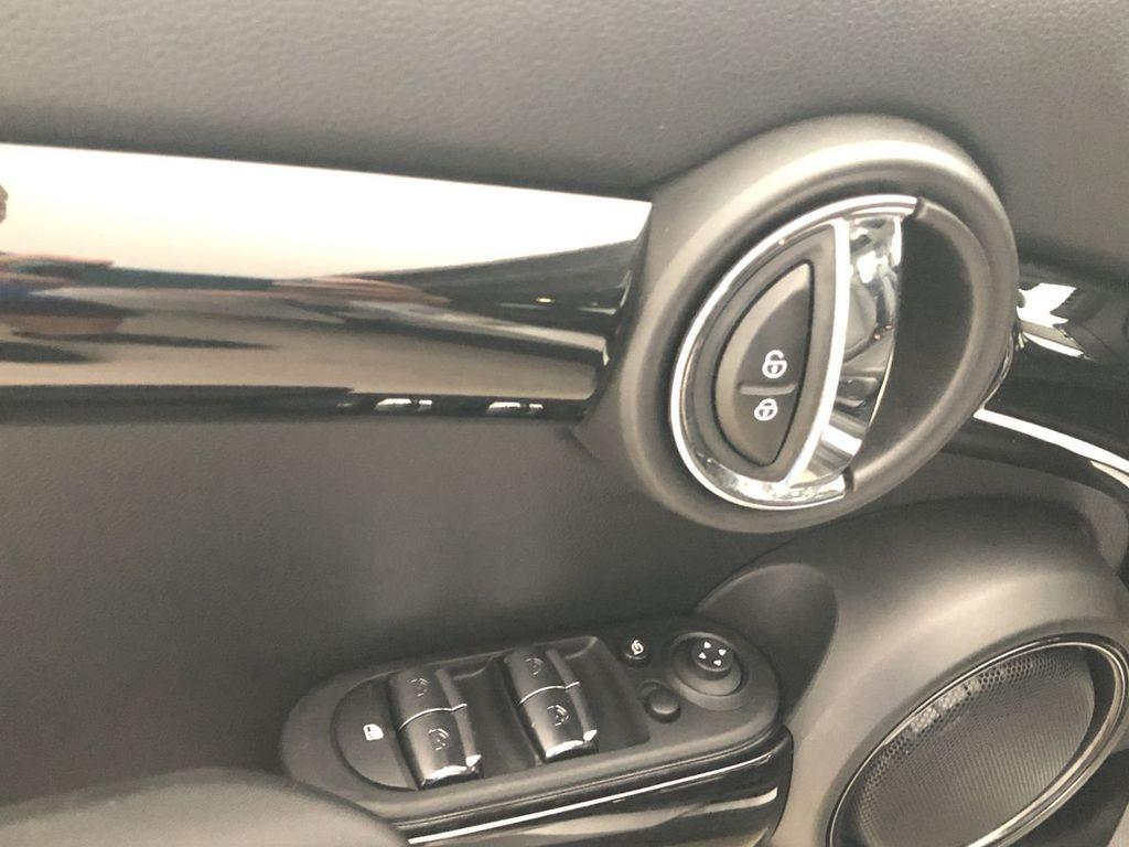 2019 MINI Cooper Hardtop 4 Door   - 18476179 - 18