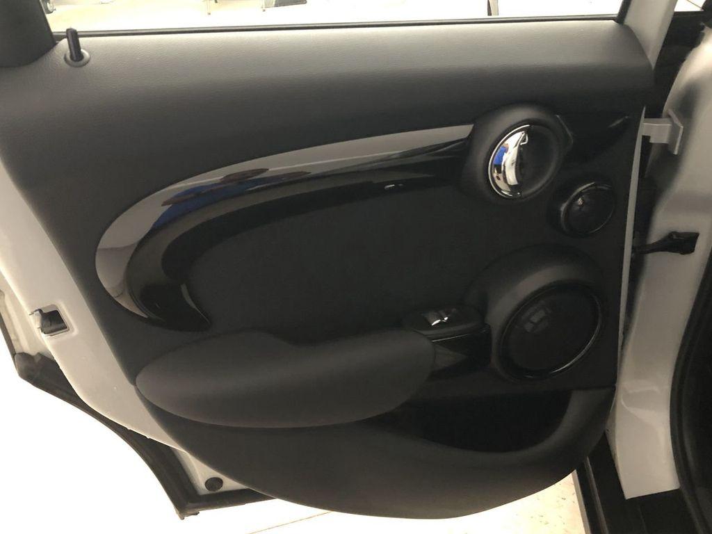 2019 MINI Cooper Hardtop 4 Door   - 18476179 - 21