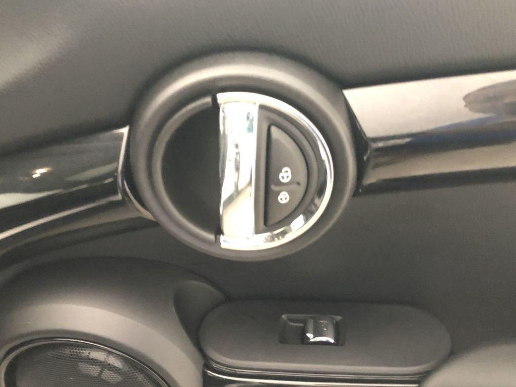 2019 MINI Cooper Hardtop 4 Door   - 18476179 - 26