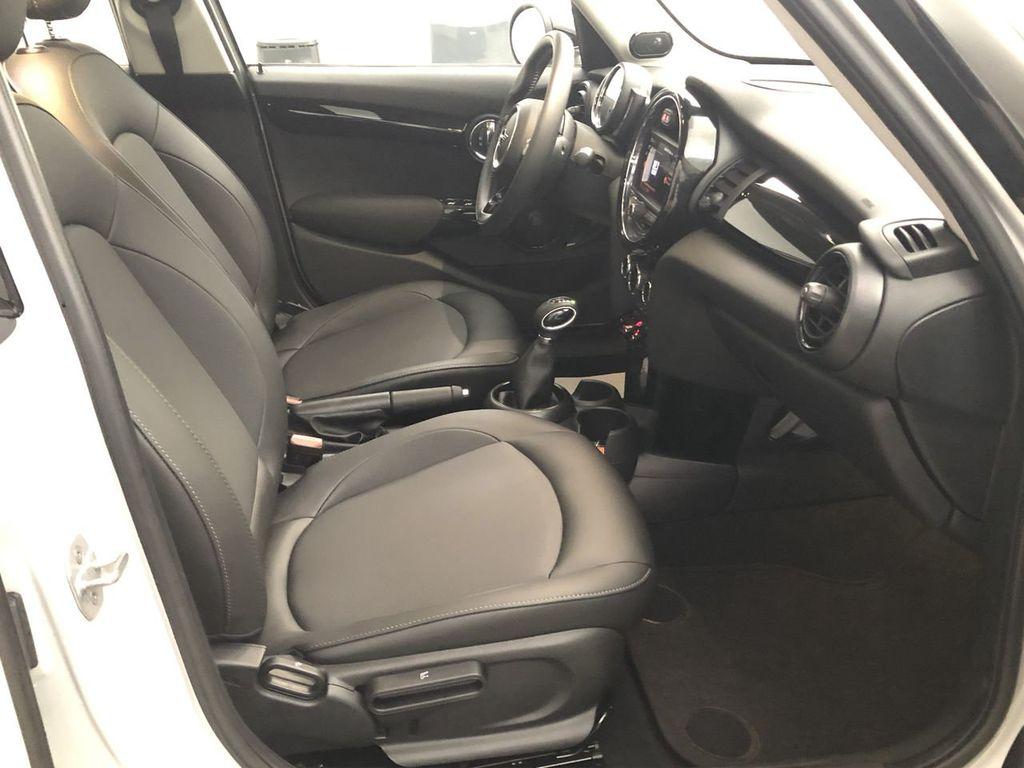 2019 MINI Cooper Hardtop 4 Door   - 18476179 - 27