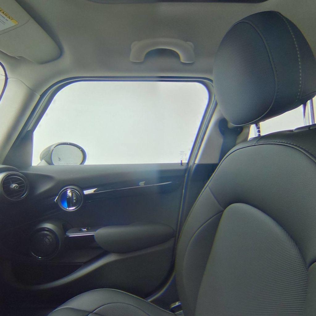 2019 MINI Cooper Hardtop 4 Door   - 18476179 - 36