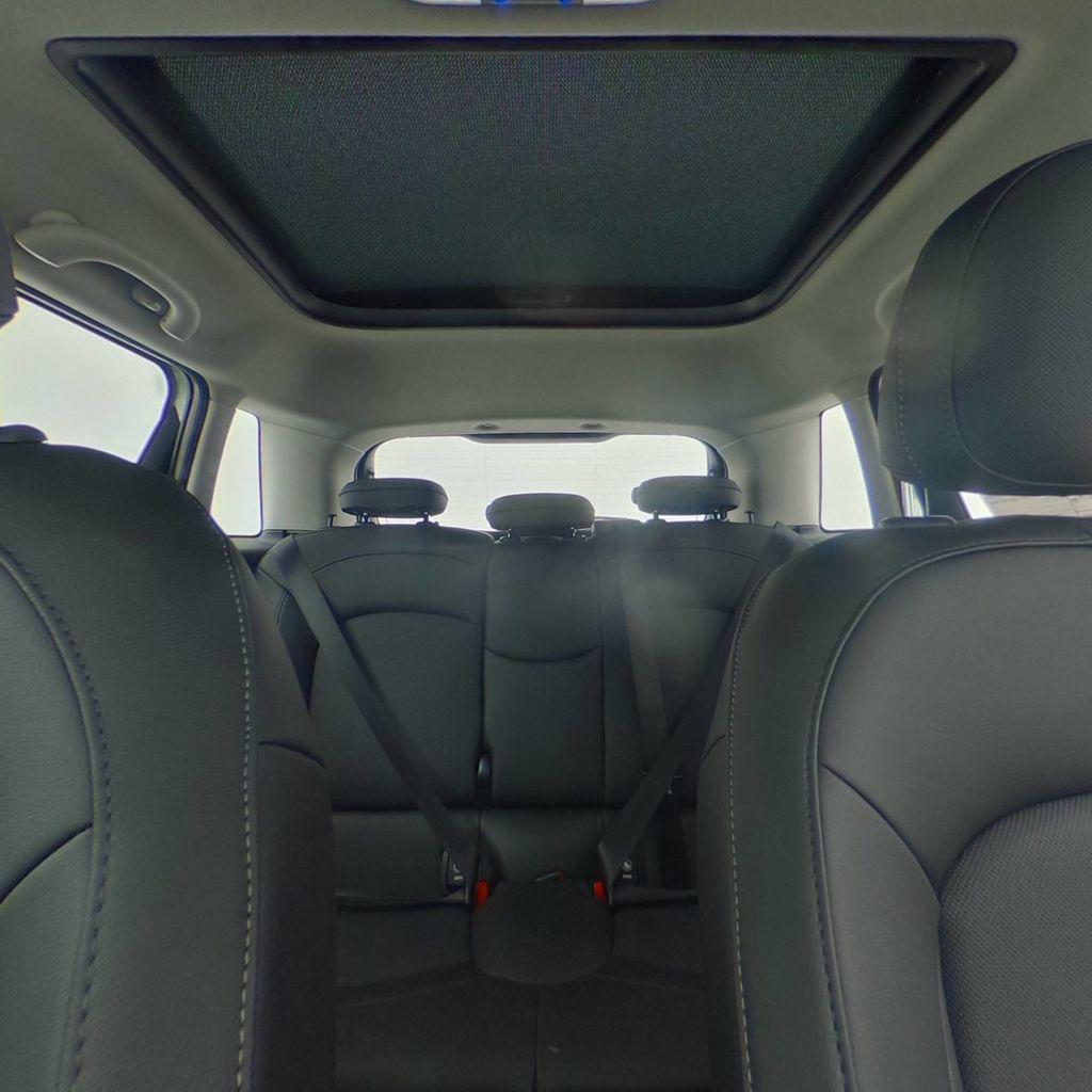 2019 MINI Cooper Hardtop 4 Door   - 18476179 - 37