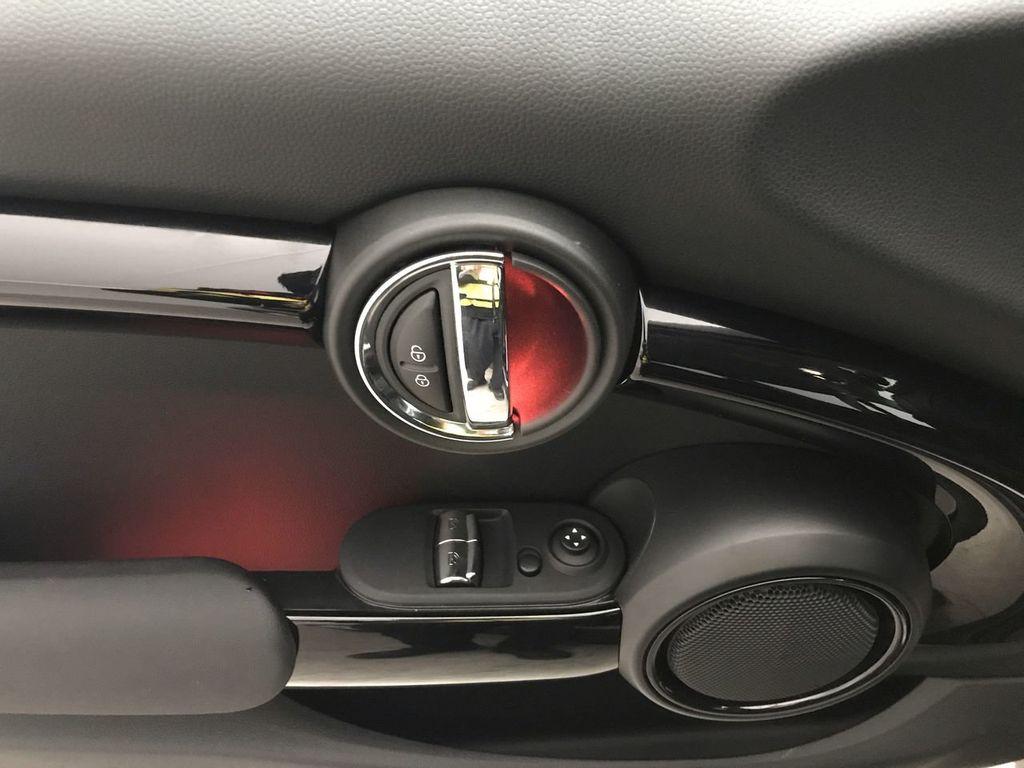 2019 MINI Cooper S Hardtop 2 Door   - 18368372 - 19