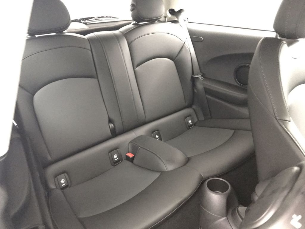 2019 MINI Cooper S Hardtop 2 Door   - 18368372 - 23
