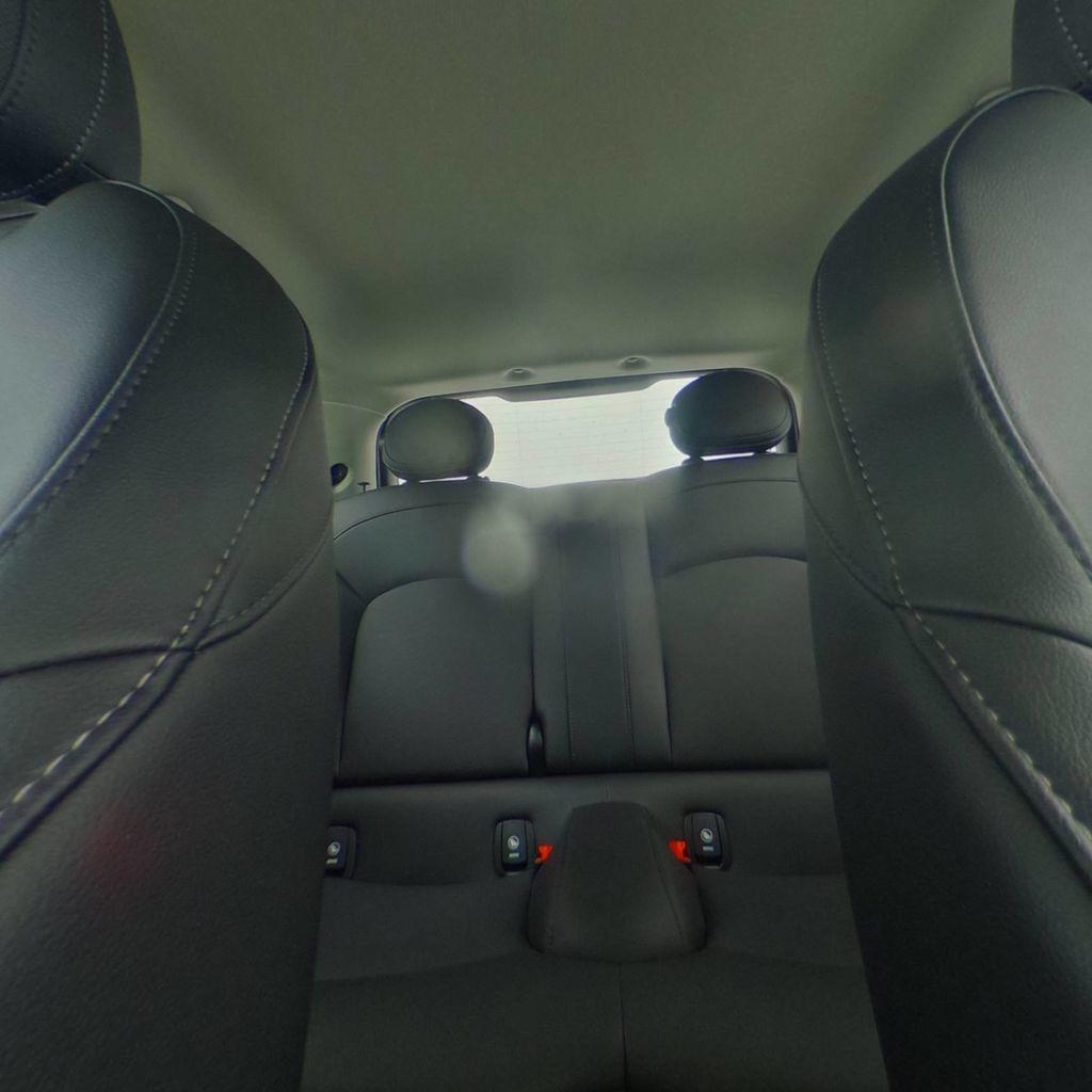 2019 MINI Cooper S Hardtop 2 Door   - 18368372 - 36