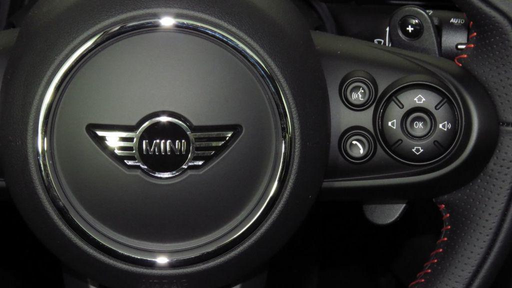 2019 MINI Cooper S Hardtop 2 Door COURTESY VEHICLE  - 18234987 - 12