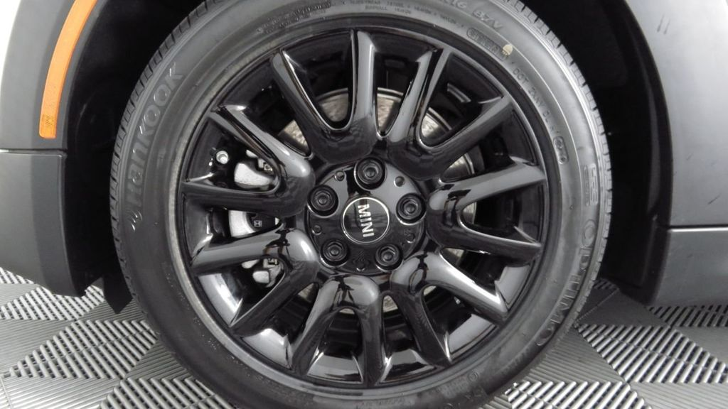 2019 MINI Cooper S Hardtop 2 Door COURTESY VEHICLE  - 18234987 - 30